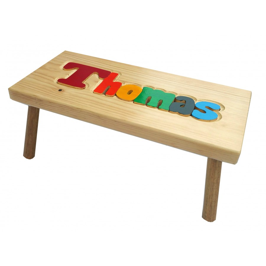 petit banc personnalis en bois multicolore marchepied tabouret nom prenom enfants bebes julie. Black Bedroom Furniture Sets. Home Design Ideas