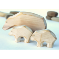 Wooden polar bear - Mother and babies