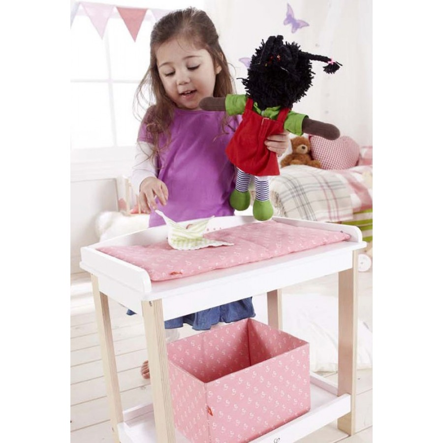 table langer pour poup e en bois hape rose changement couche v tir laver culotte b b. Black Bedroom Furniture Sets. Home Design Ideas